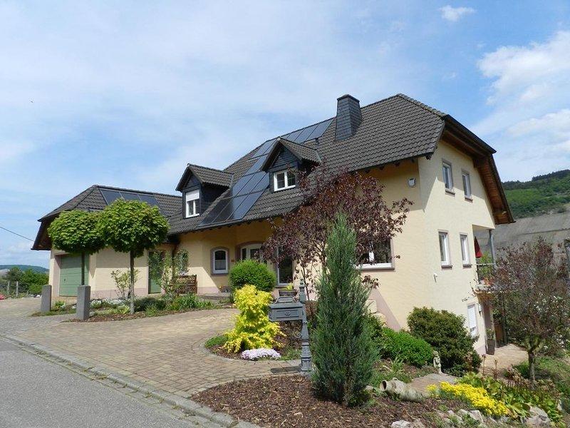 Ferienwohnung Pölich für 1 - 4 Personen mit 1 Schlafzimmer - Ferienwohnung, holiday rental in Trier