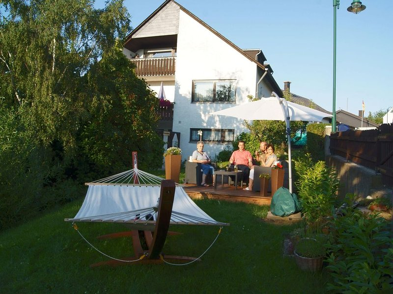 Ferienwohnung Starkenburg für 2 - 6 Personen mit 2 Schlafzimmern - Ferienwohnung, vacation rental in Sohren