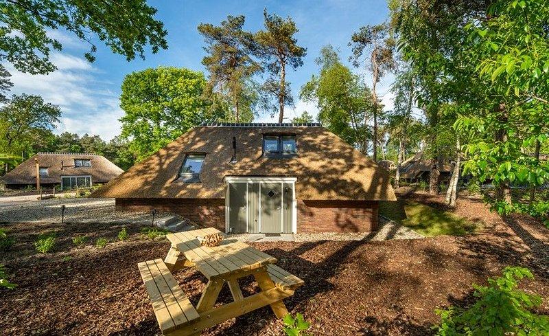 Sprielderbosch 17 Luxushaus in waldreicher und ruhiger Umgebung, vacation rental in Kootwijk