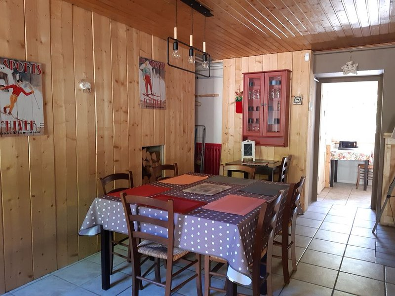 gite du guéry 6 pers, holiday rental in Le Mont-Dore