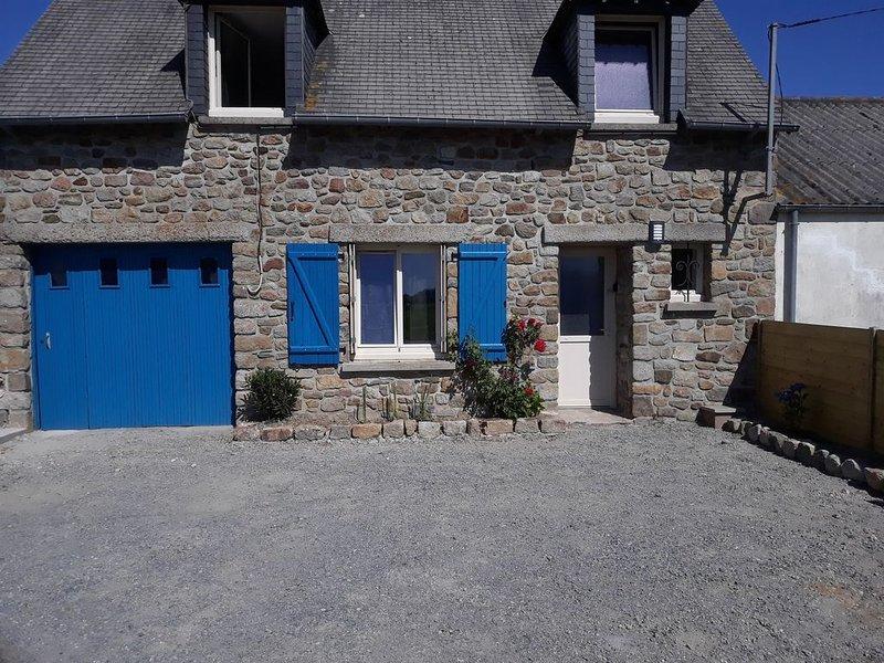 Maison avec jardin et terrasse proche de la mer, casa vacanza a Mont-Dol