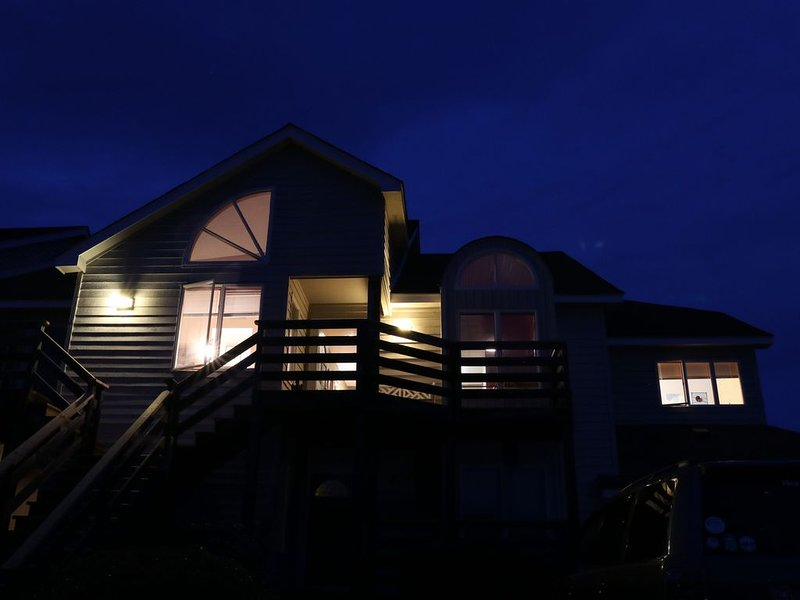 Sunrise. Sunset.  Peace., holiday rental in Duck