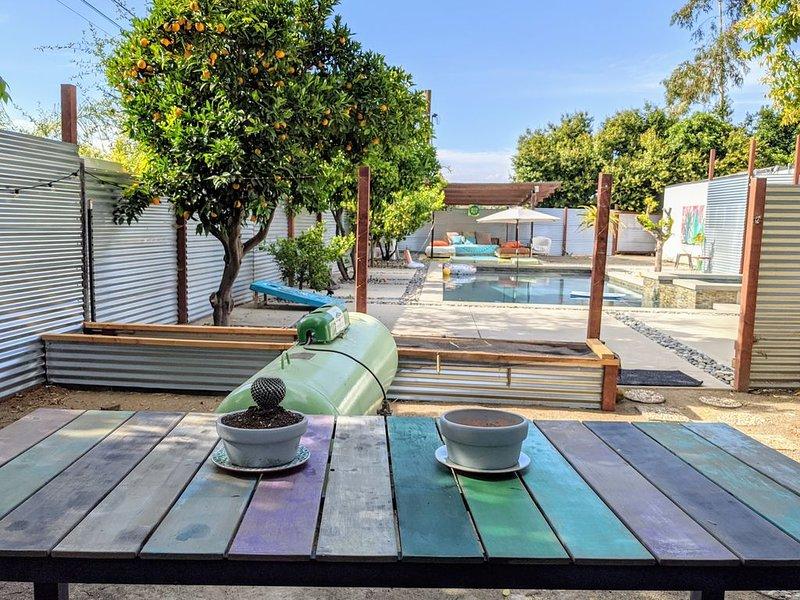 GLAMP La Cabina Unique, poolside Zen Escape 2B 1B in FALLBROOK + YURT = sleeps 8, Ferienwohnung in Fallbrook