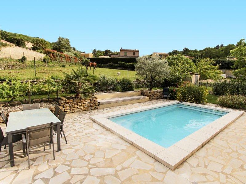 Suite La Calade au pied du Mt Ventoux avec piscine, alquiler vacacional en Suzette