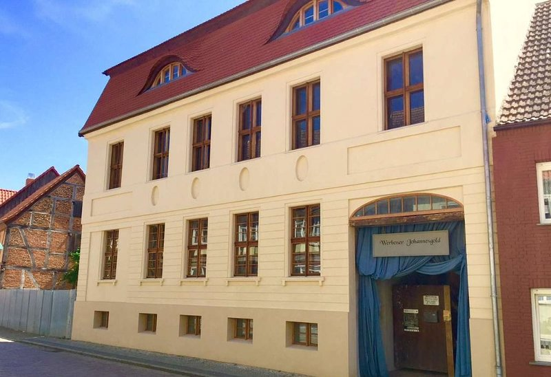 Ehemalige Offizierswohnung im alten Kommandeurhaus, location de vacances à Wittenberge