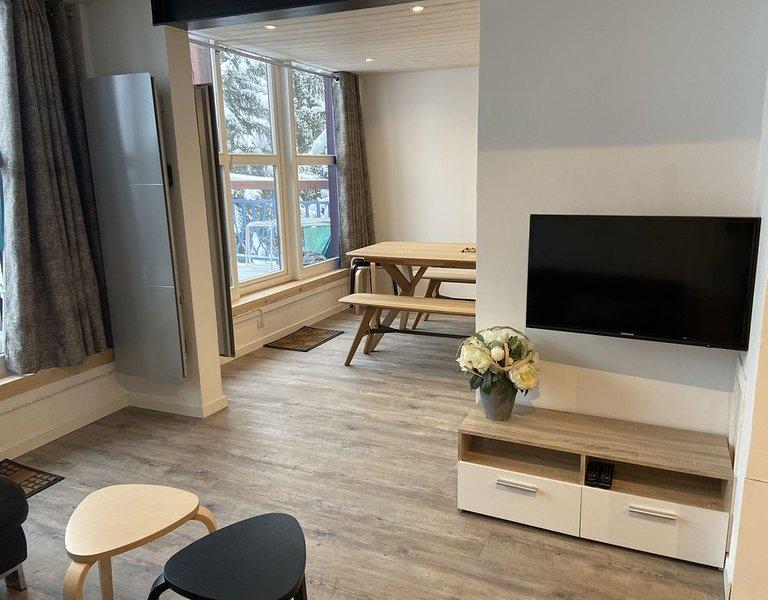 Appartement 10 personnes avec un balcon avec vue mont blanc, vacation rental in Vallandry