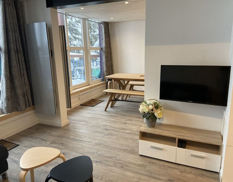 Appartement 10 personnes avec un balcon avec vue mont blanc, casa vacanza a Vallandry