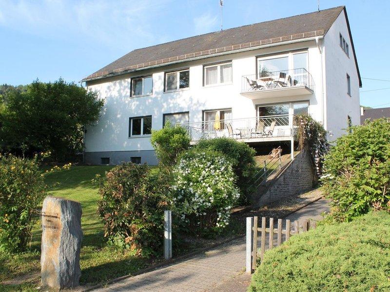 Ferienwohnung Schleich für 1 - 4 Personen mit 2 Schlafzimmern - Ferienwohnung, holiday rental in Trier