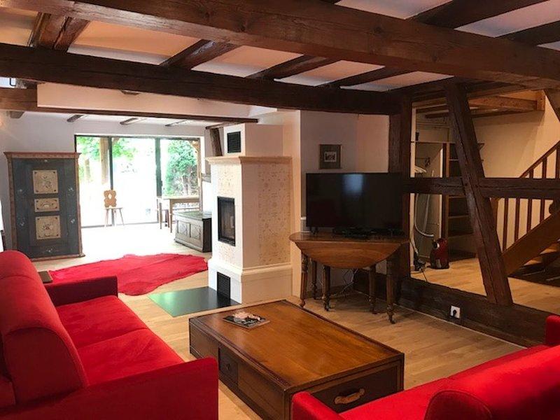 Dans un cadre verdoyant, Maison Alsacienne de 150 m2 rénovée « L'HORTENSIA», vacation rental in Lingolsheim