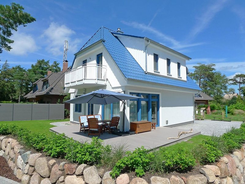 Ferienhaus Tidenhus im Ostseebad Dierhagen, alquiler vacacional en Dierhagen