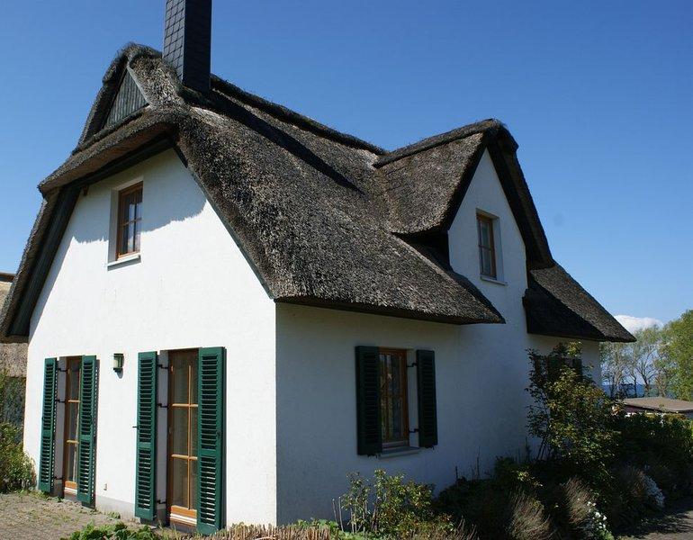 Reetgedecktes Ferienhaus direkt an der Ostsee, location de vacances à Insel Poel