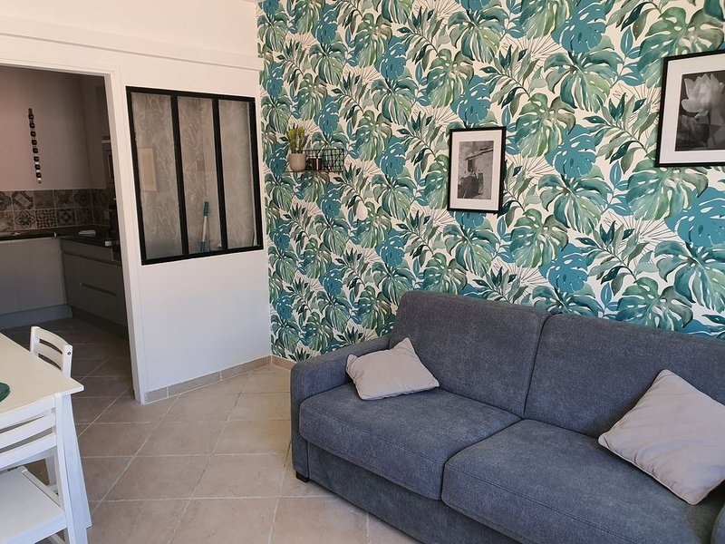 Appartement Le Nougat Bleu, holiday rental in Le Teil