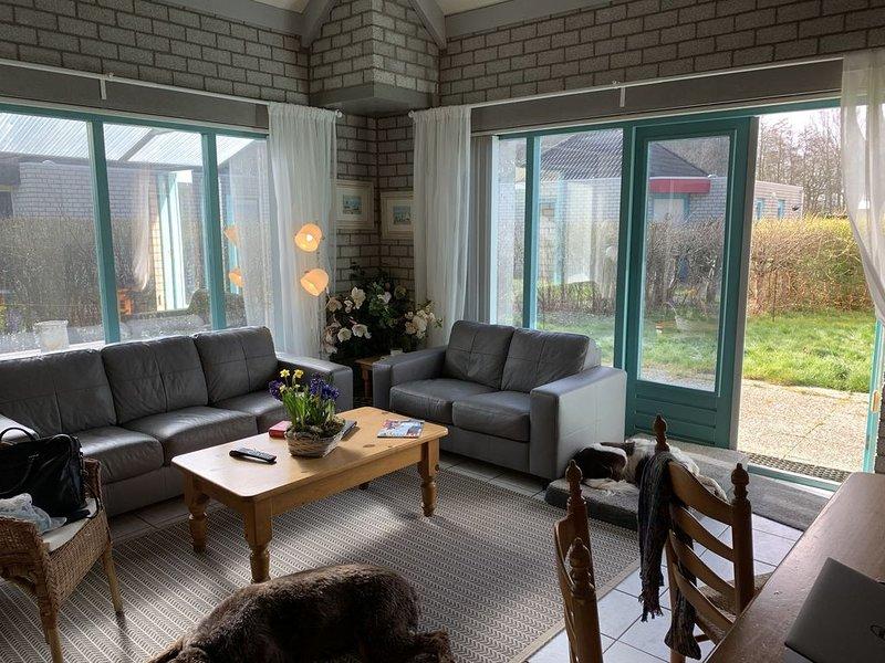 Gemütliches, gepflegtes Ferienhaus – semesterbostad i Opmeer