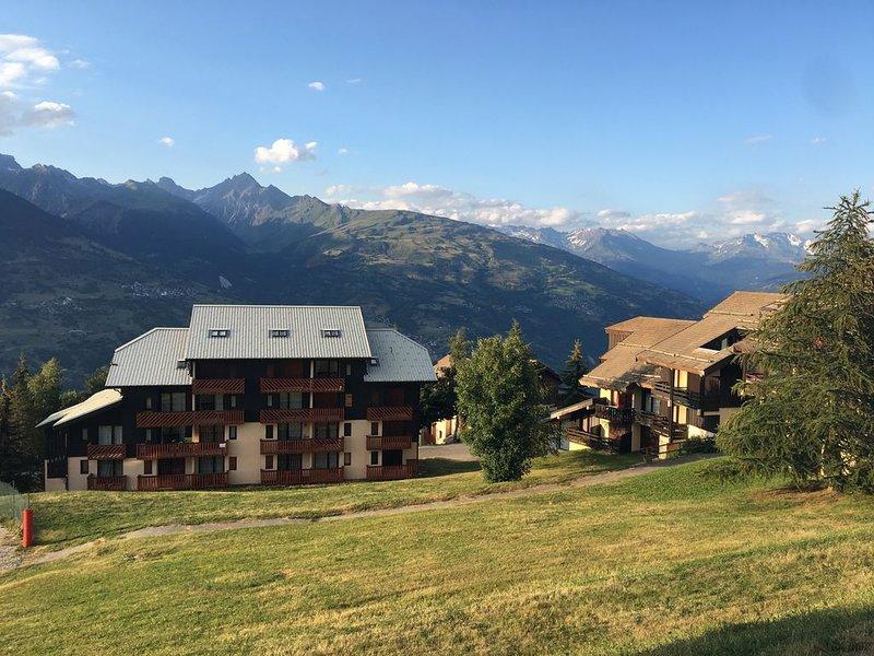 Apt 26m2 + mezzanine 2p belle vue montagne, holiday rental in La Cote-d'Aime