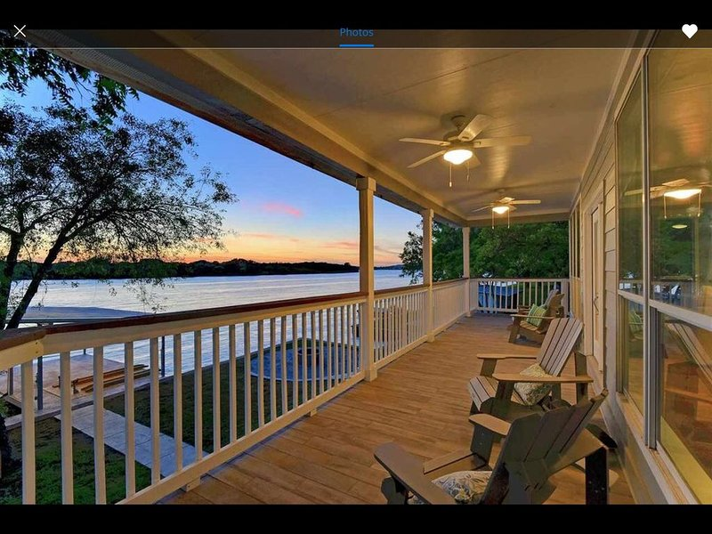 Perfect Lakehouse Gettaway on LBJ-Reduced rate for Winter/Book Super Bowl�, casa vacanza a Sunrise Beach