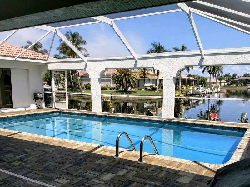 Vacation Retreat With Private Pool On The Isles Canal, vacation rental in Punta Gorda