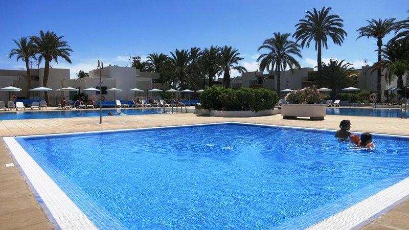 Primavera appartement tot 7 personen.1ste verdiep, holiday rental in Las Rosas