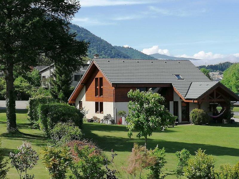 Maison dans les Alpes vue exceptionnelle, holiday rental in Les Cotes-de-Corps