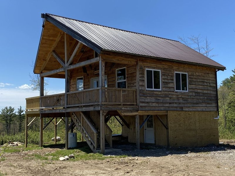 Hunters Delight Off-the-Grid Cabin in Upstate New York, holiday rental in Canajoharie