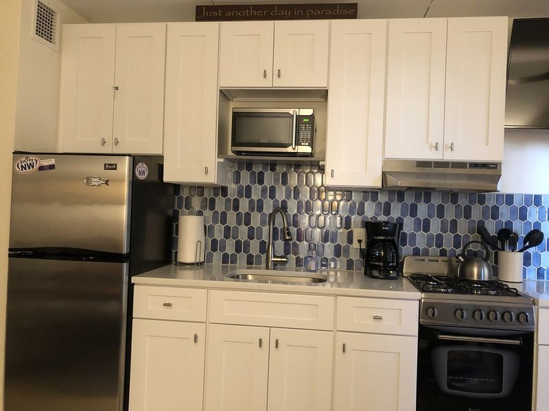 North Wildwood Condo - Great Location, holiday rental in North Wildwood