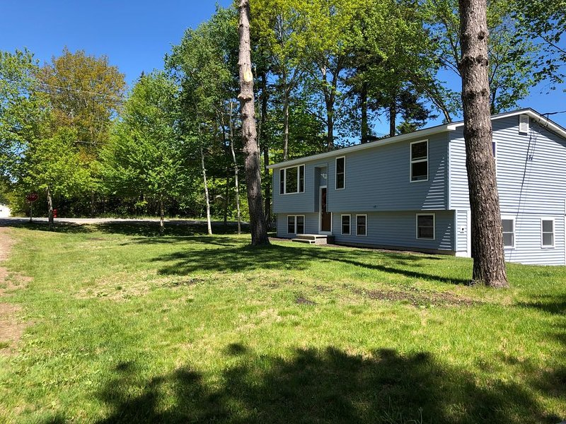 Downeast Landing Pad - Dog Friendly!, location de vacances à Ellsworth