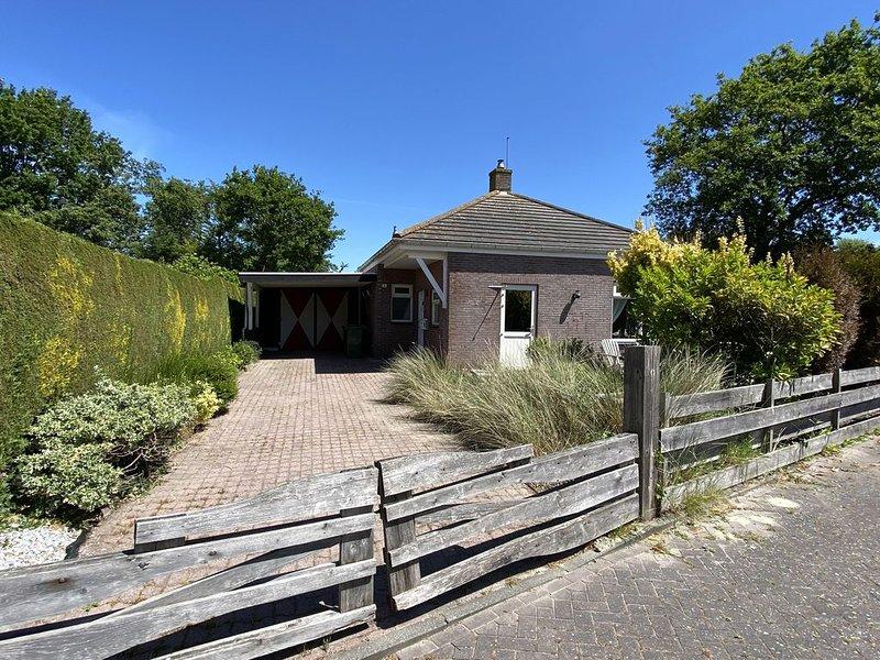 Freistehendes Ferienhaus an Nordsee und Grevelingen Meer, holiday rental in Brouwershaven