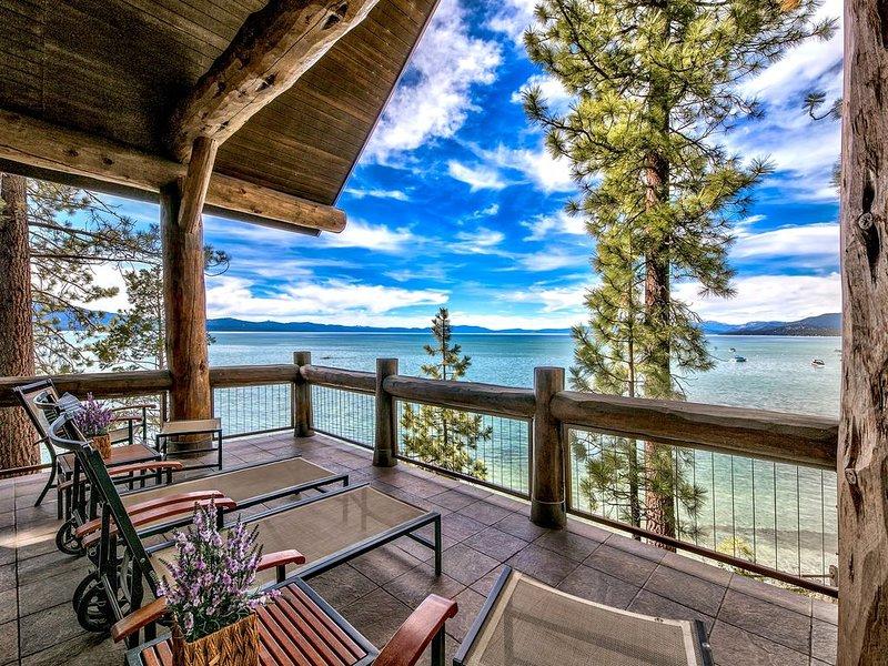 Exclusive! Balconies w/ lake views, 3 masters, 2 kings, Pool,AC+Sierra Shores, location de vacances à South Lake Tahoe