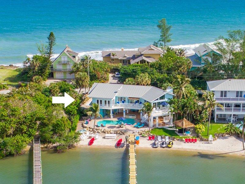Aquarius:  Private luxury  beachfront home,  dock, heated pool + spa, & more!, holiday rental in Stuart