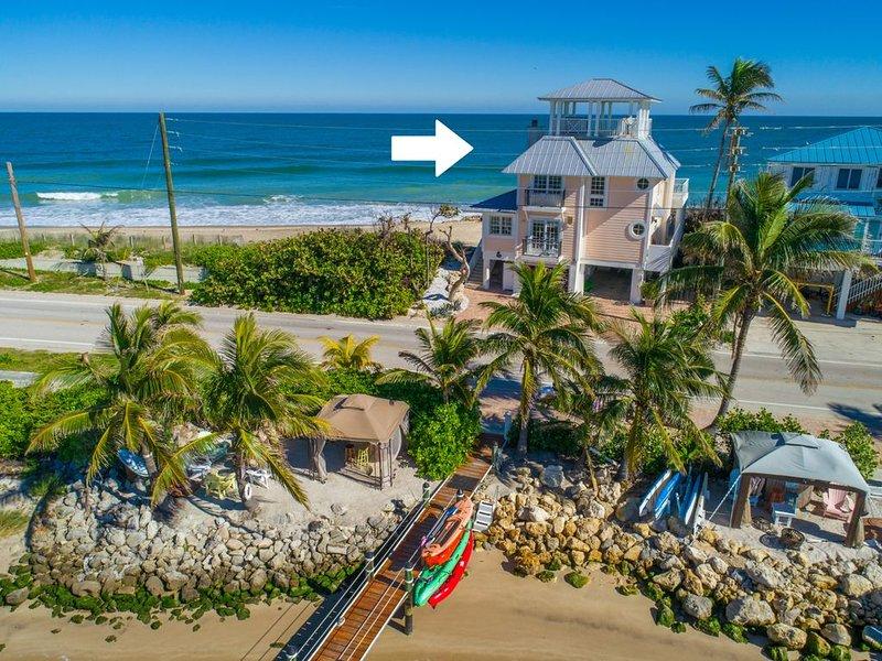 ☀ 'As Good as it Gets' Ocean-2-River ON beach* 'America's Happiest Seaside City', holiday rental in Stuart
