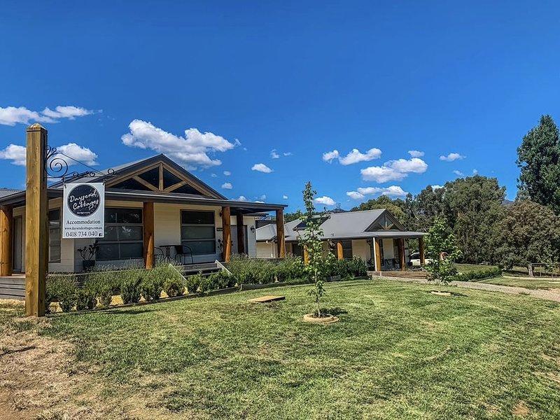 Daysend Cottages - Merrijig, vacation rental in Mount Buller