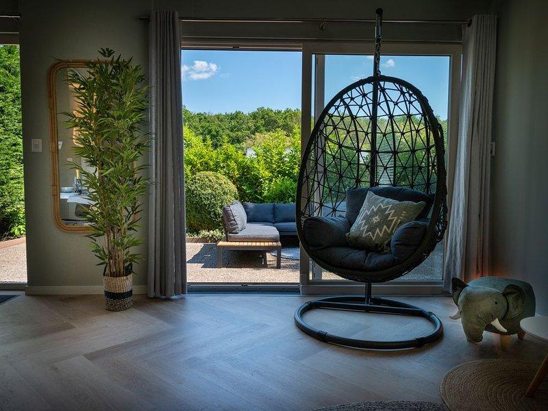 Beach Bungalow Ohana, private garden and pincode check-in – semesterbostad i Noordwijkerhout