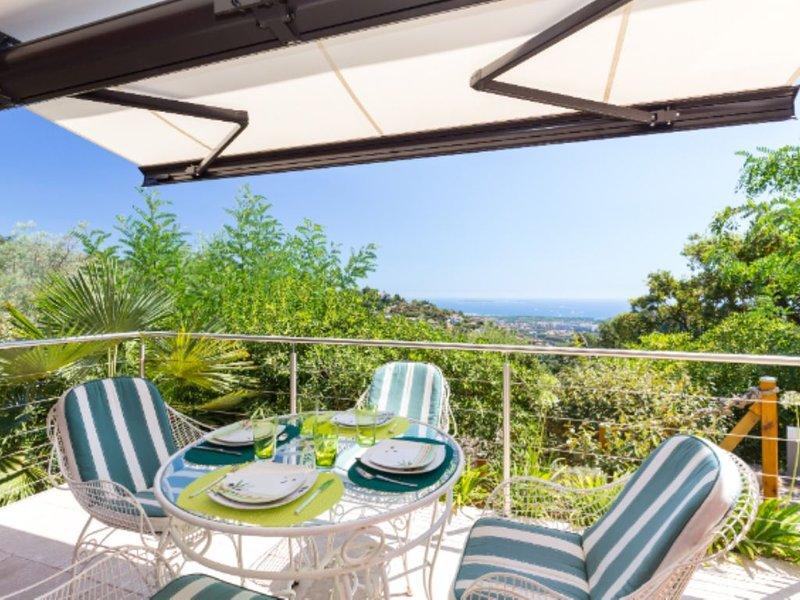 Appartement neuf/Vue mer/proche de Cannes/Domaine sécurisé/Piscine – semesterbostad i Mandelieu-la-Napoule
