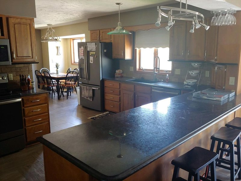 House - Pool Table - Sauna, holiday rental in Milford