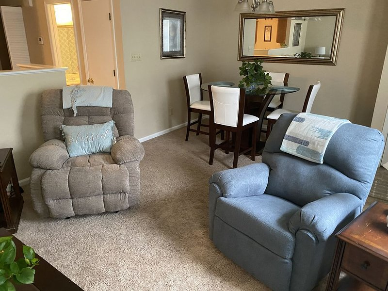 Cozy and Clean Apartment near Camp Lejeune, alquiler de vacaciones en Jacksonville