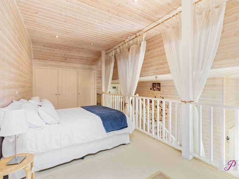 The Barn - Private Getaway, vacation rental in Joadja Creek