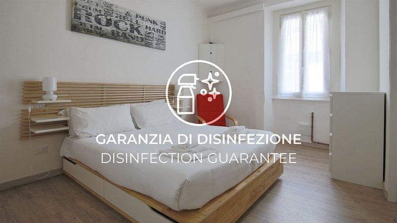 Ampio e luminoso appartamento con Wi-Fi in pieno centro storico, holiday rental in San Fermo della Battaglia