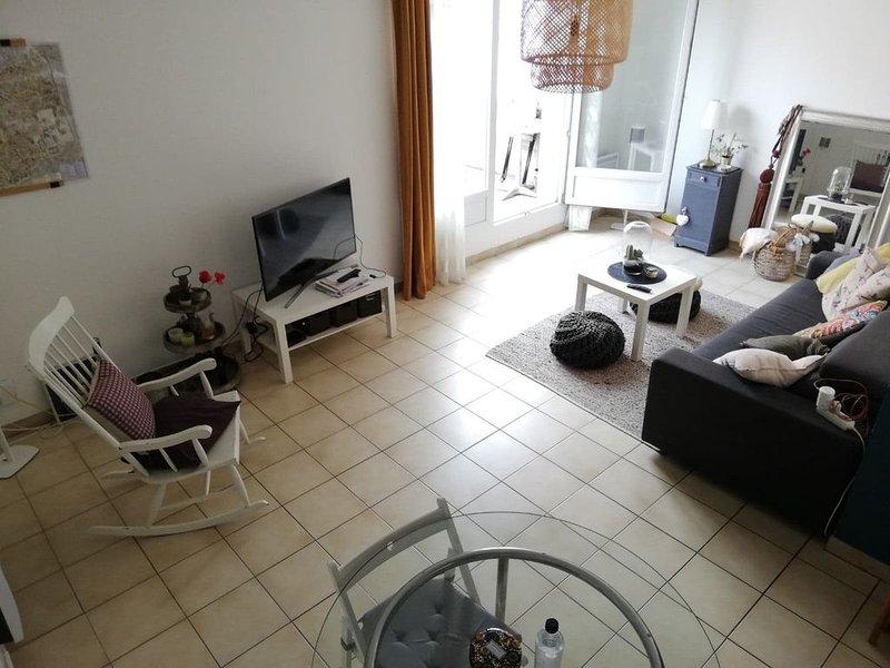 Duplex au calme à mi chemin entre les plages et Montpellier!, holiday rental in Lattes