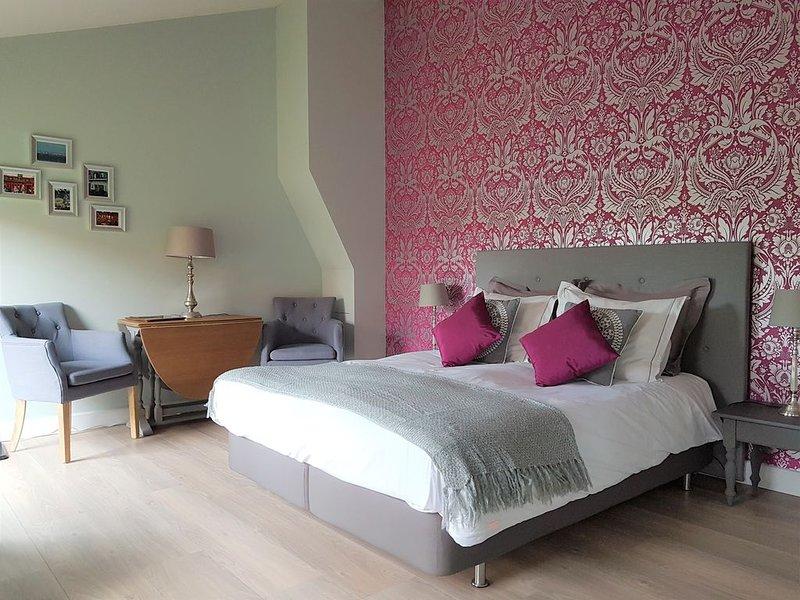 Luxe boederij appartement in Landelijk Limburg, vacation rental in Nederweert