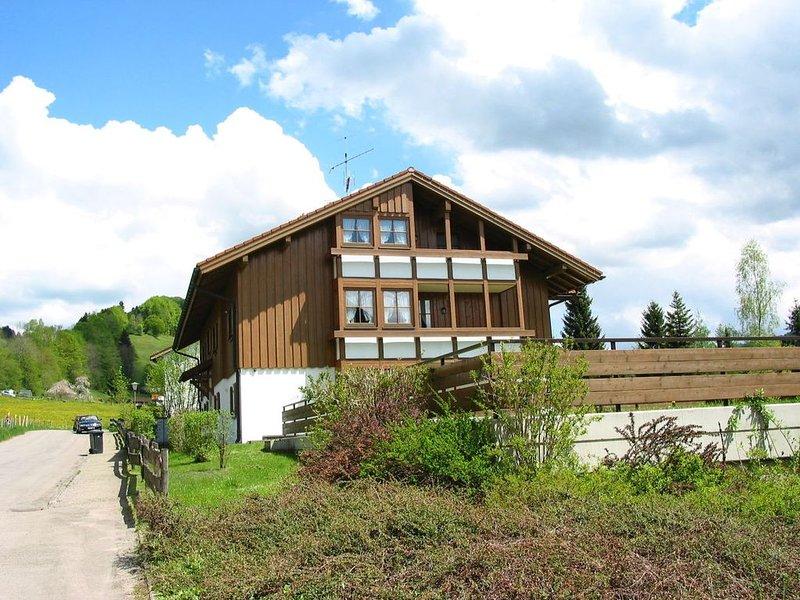 Landhaus Eibelesee  Ferienwohnung 1-5 Pers. WLAN, holiday rental in Langenegg