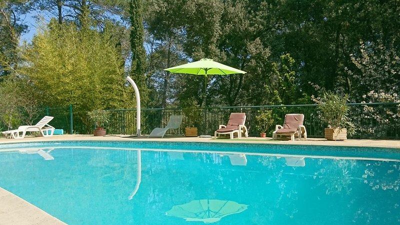 Propriété avec piscine dans parc privé, casa vacanza a Grabels