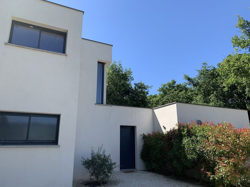 Maison contemporaine Grignan, vacation rental in Grignan