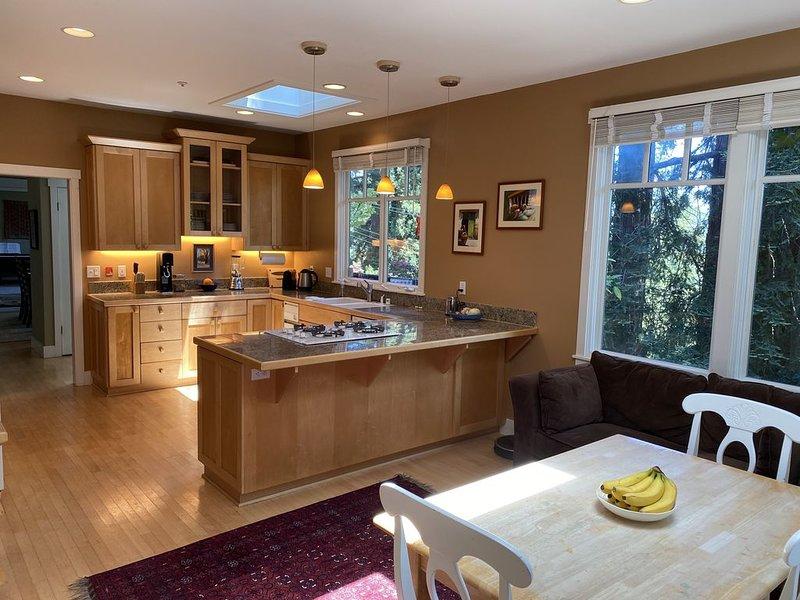 Stunning Home Amidst Redwoods, alquiler de vacaciones en Mill Valley