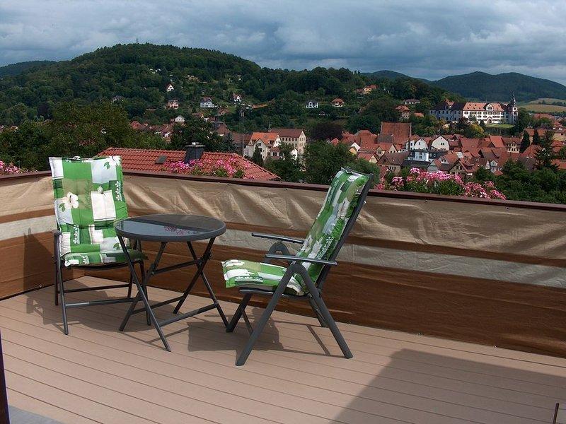 Beliebte FeWo mit Wintergarten in Schmalkalden: top Ausblick,  neue Dachterrasse, holiday rental in Meiningen