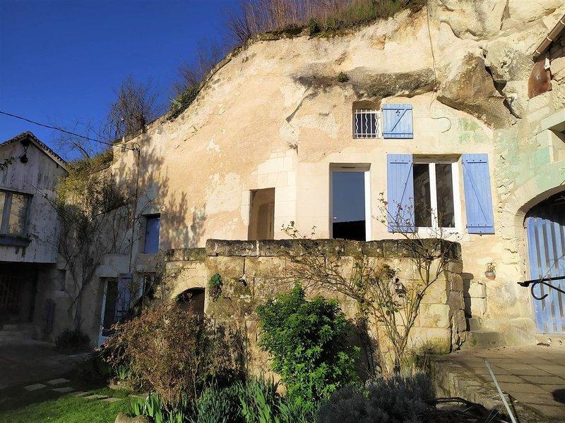 Le Refuge des Elfes, troglodyte de charme proche de Beauval et des Châteaux, vacation rental in Pontlevoy