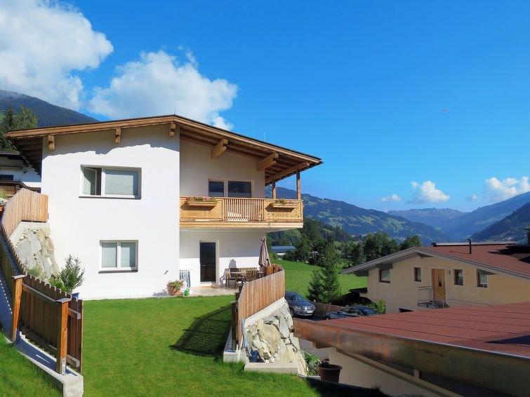Apartment Haus Tamerl  in Schwendau, Zillertal - 8 persons, 3 bedrooms, alquiler vacacional en Hippach