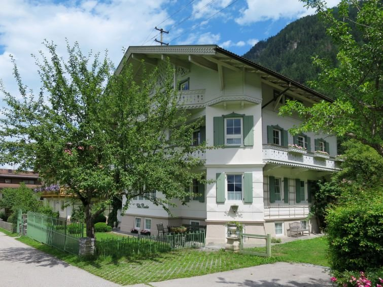 Apartment Haus Rauter  in Mayrhofen, Zillertal - 8 persons, 3 bedrooms, holiday rental in Mayrhofen