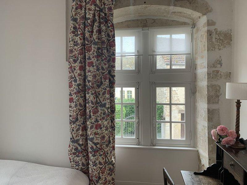 Demeure de la tour ronde, holiday rental in Membrey