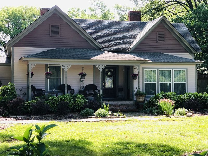 Country Living in the City, vacation rental in Concord