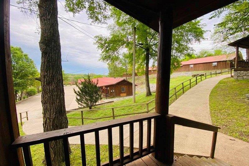 Sylamore Depot Cabin # 302, casa vacanza a Mountain View