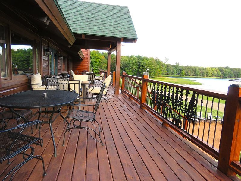 THE WILDERNESS LODGE, alquiler de vacaciones en Iron River
